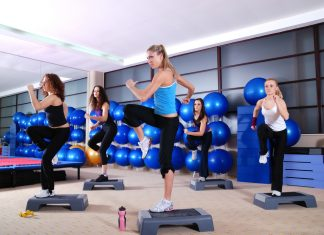 Aerobic-Exercise-Step-Class
