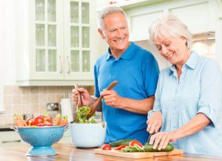 رژیم غذایی زنان مسن