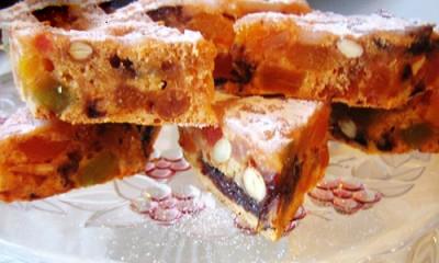 کیک بدون شکر و روغن و تخم مرغ